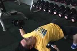 想练出完美手臂的肌肉,如何打破增肌难题?